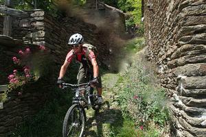 Randonnée à VTT en Ardèche méridionale