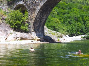Baignade en rivière Monts d'Ardèche